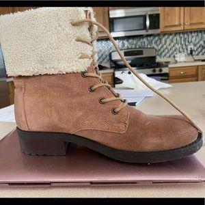 BDG Women's boots